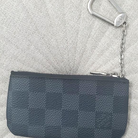 Louis Vuitton Unisex Key Cles (Black Damier)